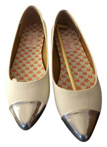 Jellypop White and silver Flats