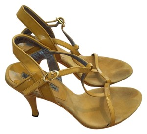 Via Spiga Bright yellow Sandals