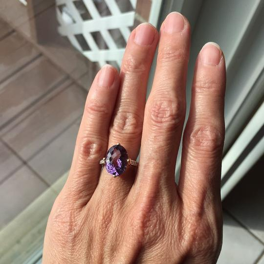 10K Gold oval genuine amethyst ring Genuine Amethyst in 10K Gold with real diamond on the side. Image 4