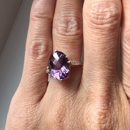 10K Gold oval genuine amethyst ring Genuine Amethyst in 10K Gold with real diamond on the side. Image 5