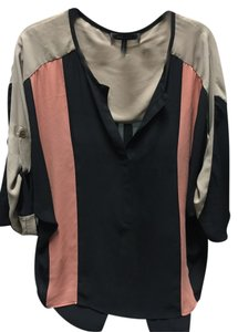 BCBGMAXAZRIA Bcbg Flowy Color-blocking V-neck Top Black/Tan/Coral