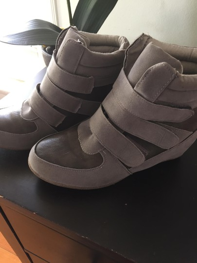 Other Gray Wedges