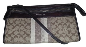 Coach Clutch Wallet Wristlet in Khaki