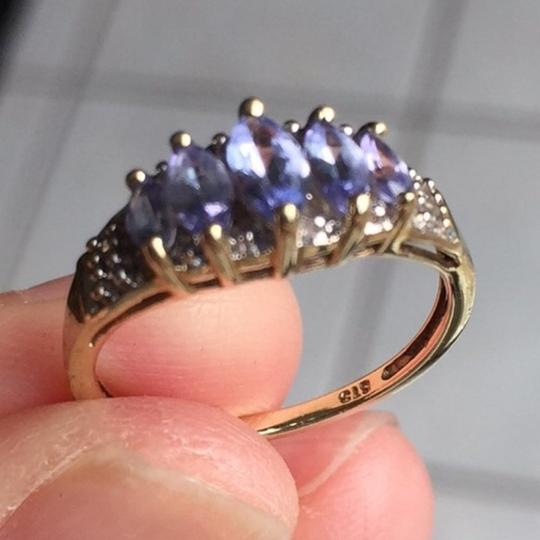 Genuine Amythst in 10K yellow gold ring. Size: 4.75 Image 11