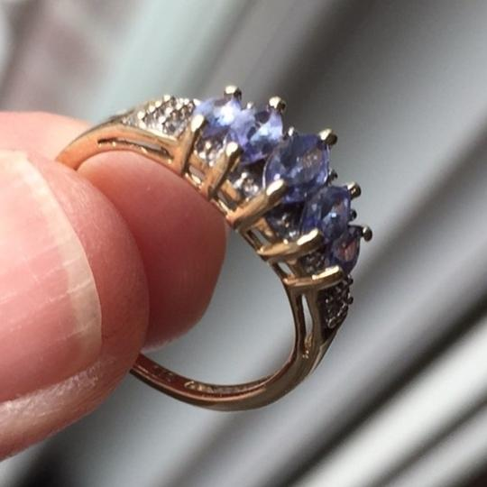 Genuine Amythst in 10K yellow gold ring. Size: 4.75 Image 2