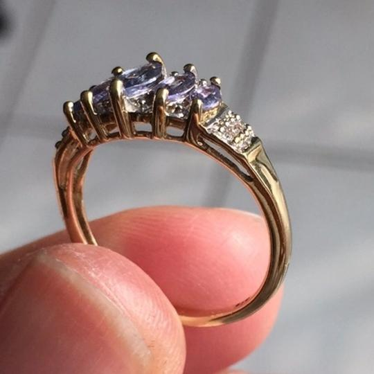 Genuine Amythst in 10K yellow gold ring. Size: 4.75 Image 7