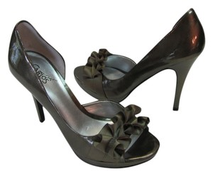 Carlos by Carlos Santana Size 7.50 M Avocado Greenish/Gray Sandals