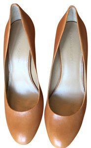 Banana Republic Brown leather with gold mirrored heel Pumps