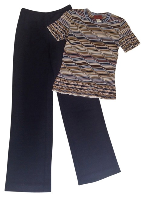 Preload https://img-static.tradesy.com/item/14353231/missoni-navy-and-print-silk-knit-woven-pant-suit-size-6-s-0-1-650-650.jpg