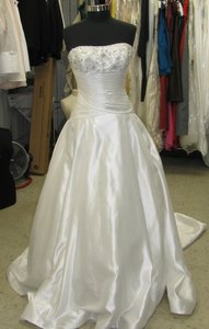 St. Patrick Off White Taffeta Romance Bridal (66l) Formal Wedding Dress Size 14 (L)