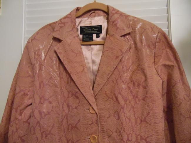 Terry Lewis Classic Luxuries Rose Leather Jacket Image 4