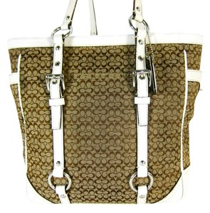 Coach Signature Khaki Tote in Khaki Signature