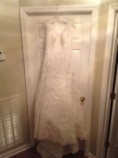 Allure Bridals Ivory Lace Style 8825 Vintage Wedding Dress Size 8 (M)