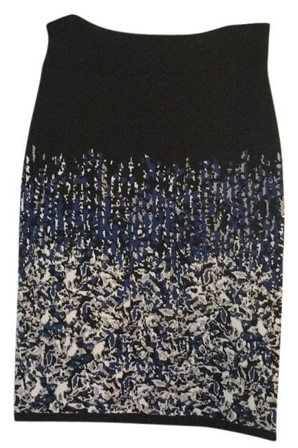 Preload https://img-static.tradesy.com/item/14355286/bcbgmaxazria-black-white-and-blue-ssx3e874-003-skirt-size-2-xs-26-0-1-650-650.jpg