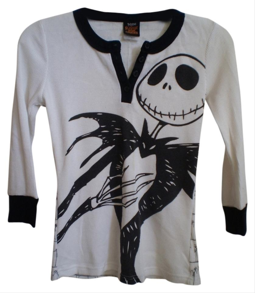 Hot Topic Nightmare Before Christmas Sweater.Hot Topic Black And White Nwot Nightmare Before Christmas Tee Shirt Size 8 M