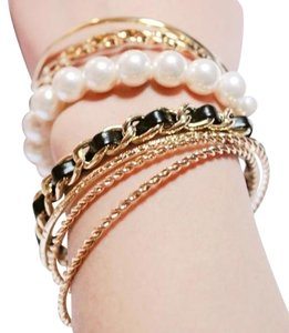 other Elegant Pearl Charming Bracelet