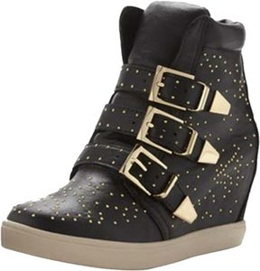 Steve Madden Studded Gold Hardware Black Athletic
