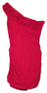 Tulip One Fitted Ruffle Top red