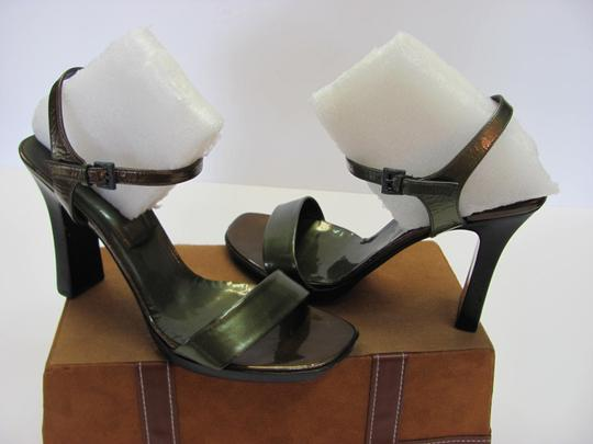 Other Size 9.50 M Good Condition Dark Green, Brown Sandals Image 1