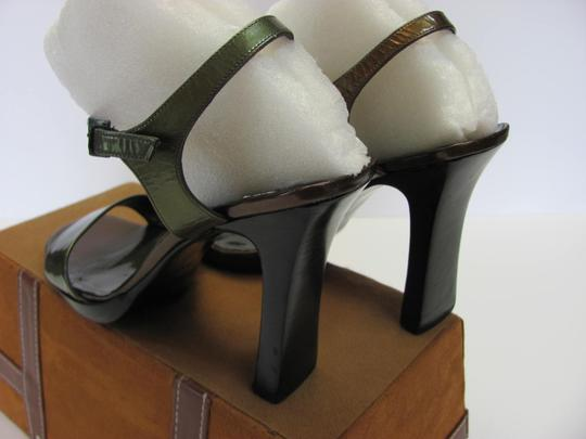Other Size 9.50 M Good Condition Dark Green, Brown Sandals Image 3