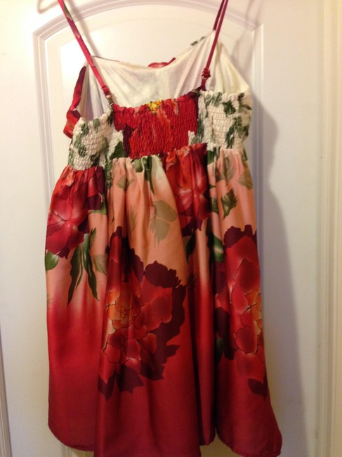 Forever 21 Top Multi red floral