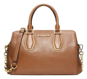 Michael Kors Vanessa Leather Satchel in Luggage