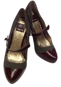 Dolce Vita Burgundy and Gray Pumps
