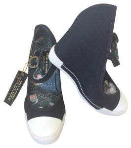 Rock Candy Black And White Wedges