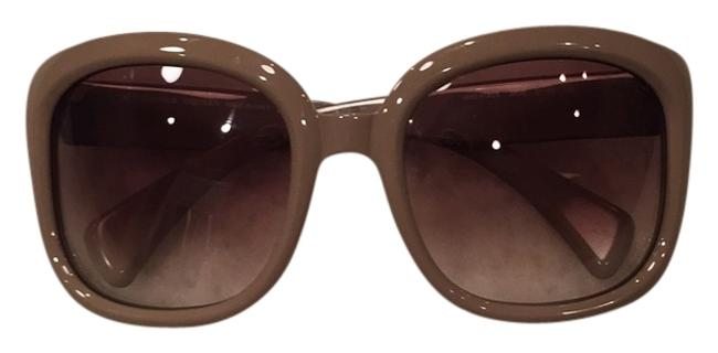 Item - Nude/Tan Sunglasses