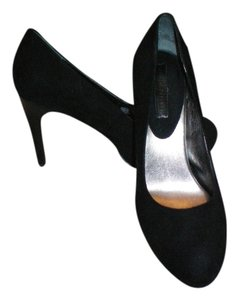 Banana Republic Suede Classic Black Pumps