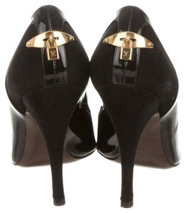 Louis Vuitton Gold Hardware Lv Lock Pointed Toe Suede Black, Gold Pumps