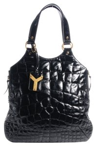 Saint Laurent Patent Leather Tote in Black