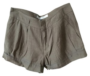 Zara Casual Comfortable Cuffed Shorts Biege