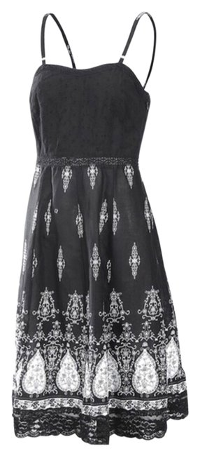 Preload https://img-static.tradesy.com/item/14366341/black-and-white-new-floral-elastic-high-quality-boutique-sundress-sml-knee-length-short-casual-dress-0-1-650-650.jpg