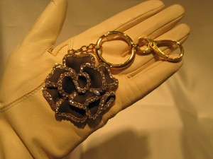 Other Key Ring & Chain: Black Crystal Rose - [ Roxanne Anjou Closet ]