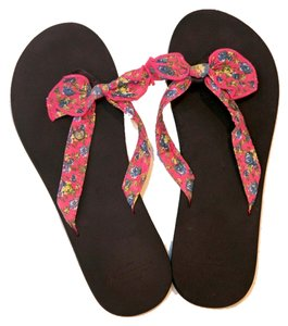 Abercrombie & Fitch Pink multi Sandals