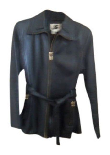 Preload https://item3.tradesy.com/images/black-fitted-belted-zipper-front-and-zip-leather-jacket-size-8-m-14372-0-0.jpg?width=400&height=650