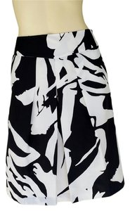 Ann Taylor & Silky Skirt Black & White