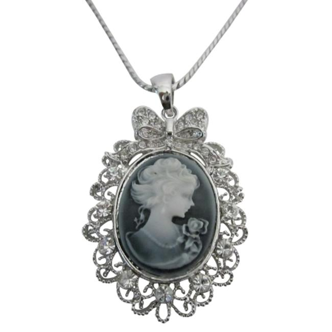 Item - Gray Victorian Cameo Lady Pendant Sparkling Silver Casting Frame Necklace