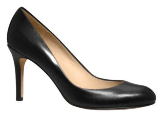 Ann Taylor black leather Pumps