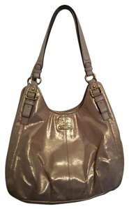 Coach Madison Maggie Shoulder Bag