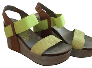 OTBT Lime green Wedges