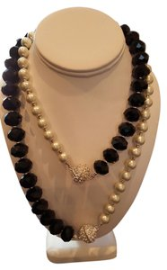 White House | Black Market WHBM Convertible White Pearl and Black Onyx Necklace