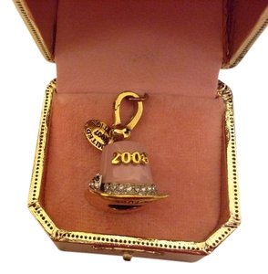 Juicy Couture Top Hat Juicy Charm
