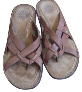 UGG Australia Lt brown or tan Sandals