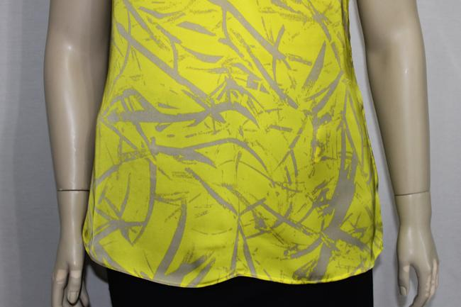 Sofia by Sofia Vergara Top Static Vibe Yellow