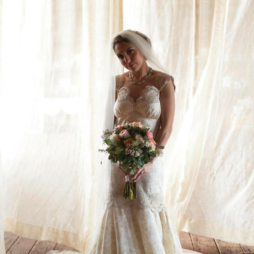 Claire pettibone weddings used claire pettibone weddings claire pettibone beige cotton vintage wedding dress size 0 xs junglespirit Images