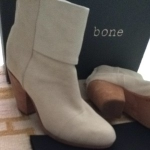 Rag & Bone And Newbury Ankle Ivory Suede Boots