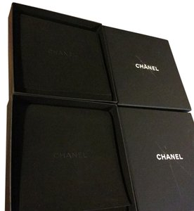 Chanel Lot of 2x chanel 6.5x6.5x0.75 ultra suede jewelry holders