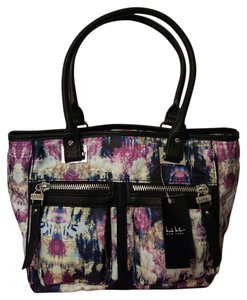 Nicole Miller Tote in Canopy / Black